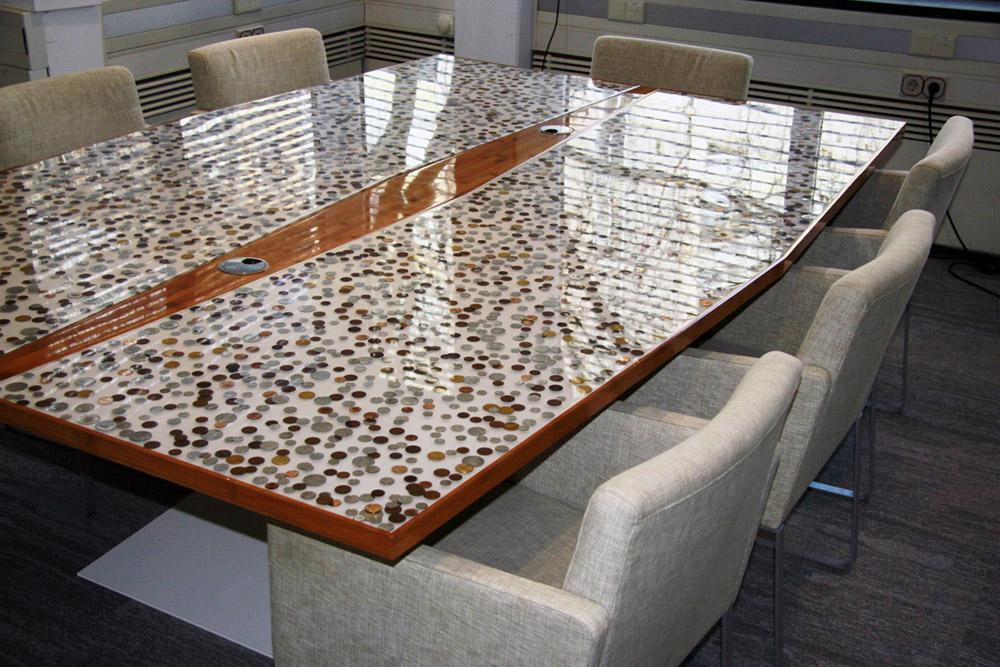 Op maat gemaakte vergadertafel